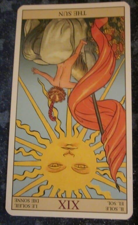 Everyday Tarot, 06/23/11: Turning Up Your Sun 1