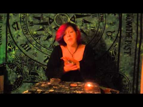 Quickie 1-Card Tarot Reading: What's Nana Need to know right now? 1