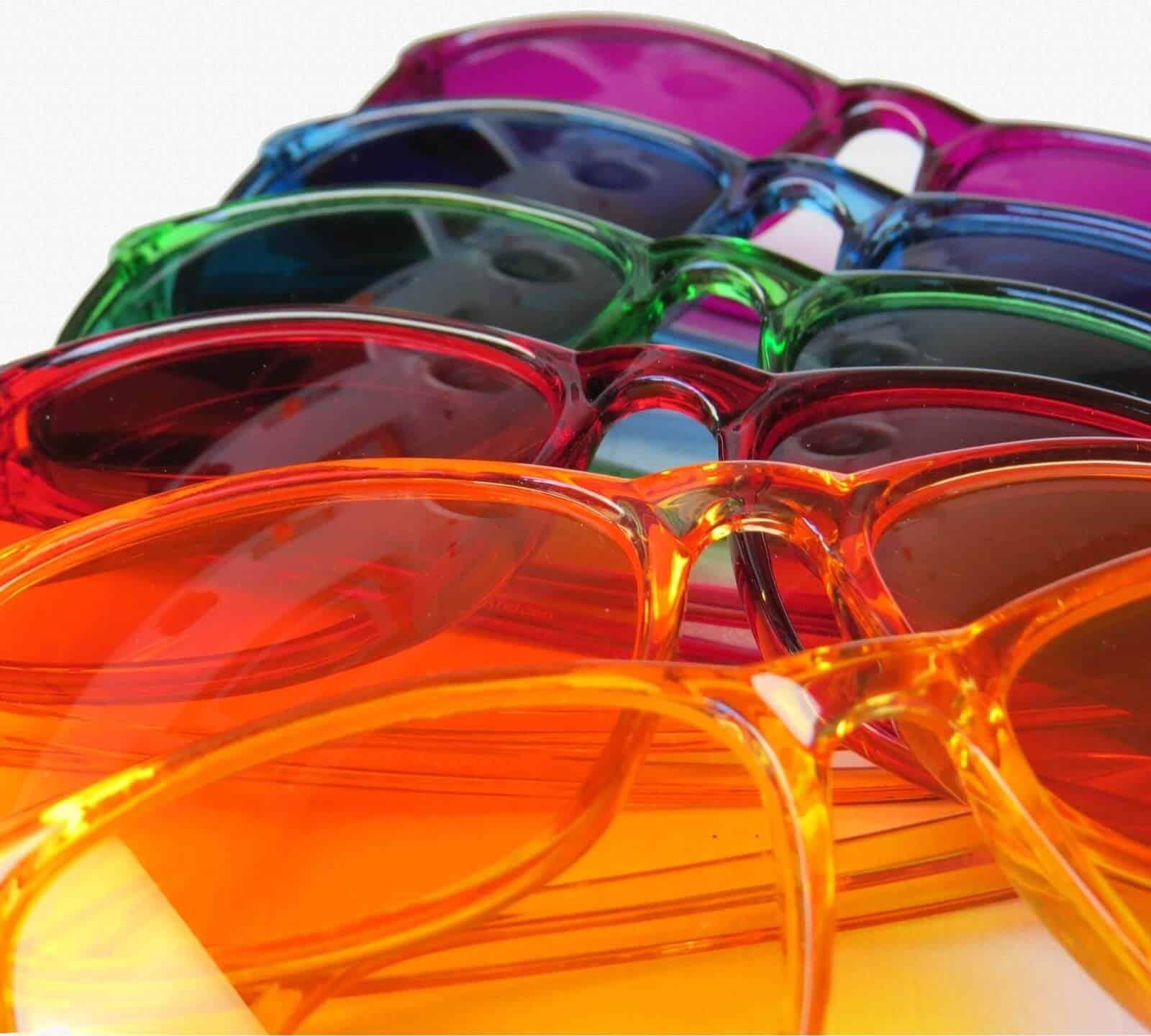 Colored Glasses - Tarot Flow Forecast, Apr 4 - 10, 2016 1