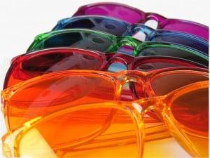 Colored Glasses – Tarot Flow Forecast, Apr 4 – 10, 2016