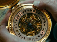 golden-compass-astrology-tarot