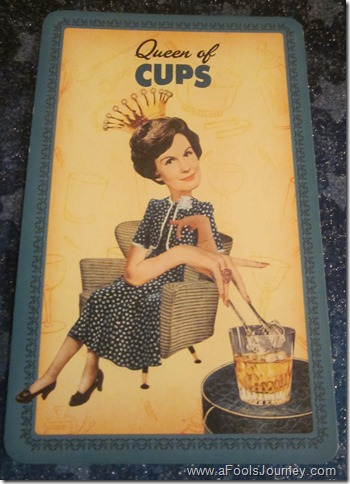 queen-of-cups-tarot-meaning